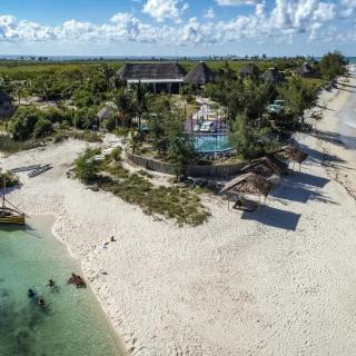 Coral-Lodge3